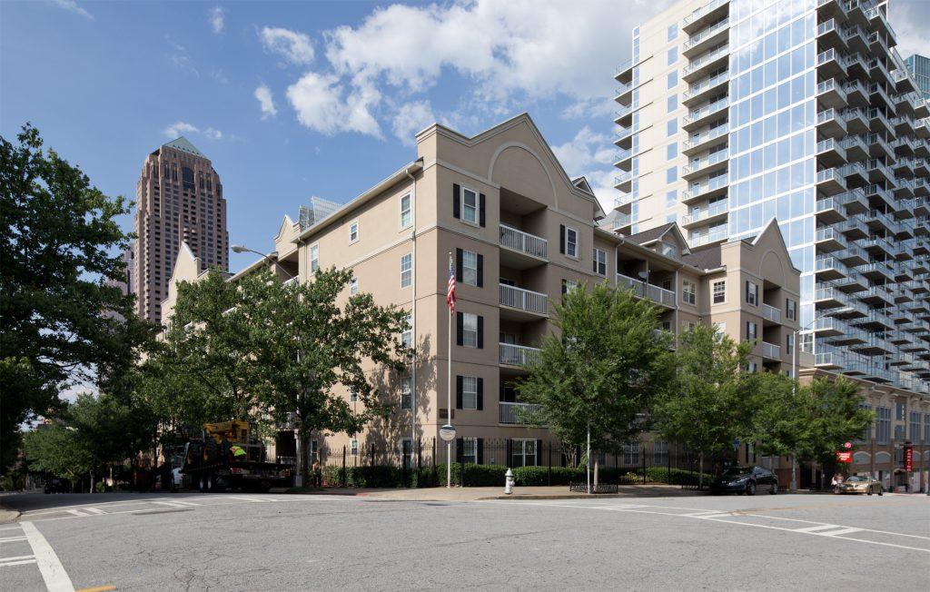 peachtree walk condominiums
